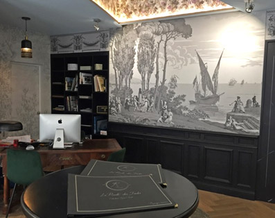 Papiers peints panoramiques décoratifs sur mesure